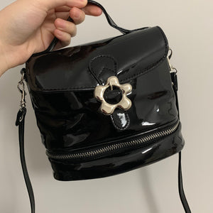 bright PU cute flower-shaped buckle cross body bag