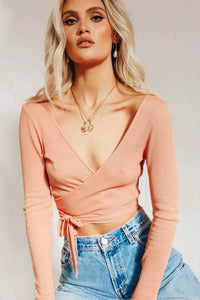 solid color v neck bandaged long sleeved crop top