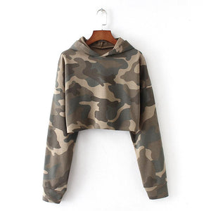 camouflage hooded oversized cropped sweatshirt