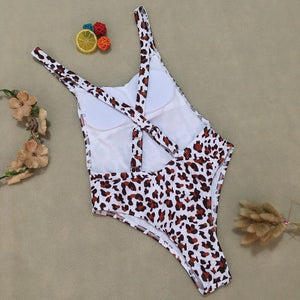 big leopard printed simple swimsuit