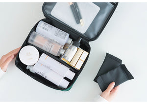 simple large capacity cosmetic bag