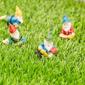 Juvale Miniature Gnome Set - 4-Piece Mini Yoga Gnome Figurines, Decorative Accessories for Fairy Garden, 4 Small Assorted Characters, Potted Plants Decor, Home, Tabletop Decoration, Housewarming Gift