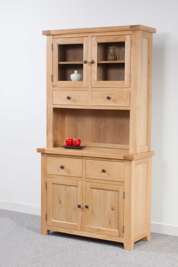Newbury Oak 2 Door Small Dresser
