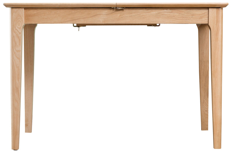 Newton Oak 1.2m Butterfly Extending table