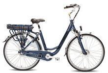 Load image into Gallery viewer, Vogue Basic 3 - Bikes in Groningen