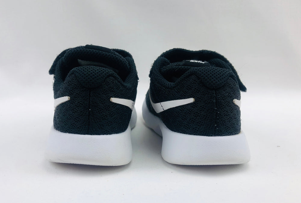 Nike Tanjun Black Trainers