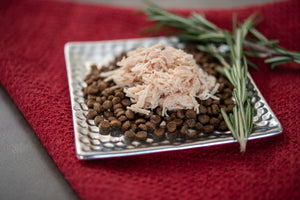 Adult Trim Salmon & Lentils Kibble Topped With Chicken And Wild-Caught Salmon