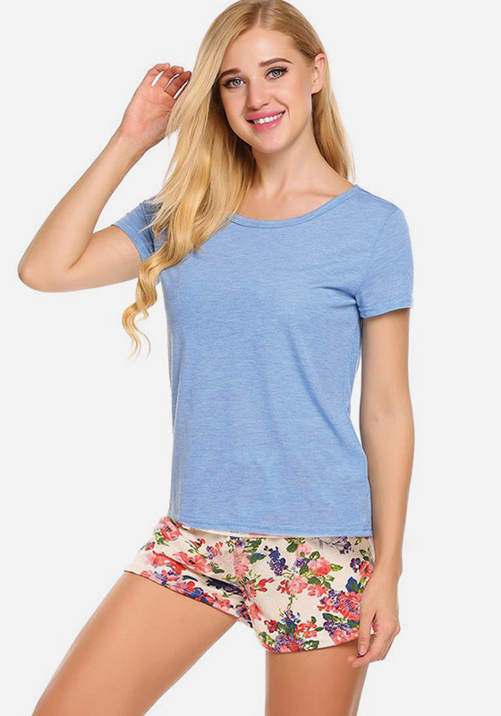 Fetuchina Solid O-Neck Top With Shorts