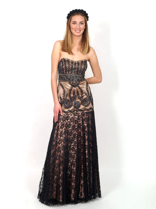 Long formal dress with black lace