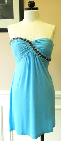 STRAPLESS DRESS WITH CRYSTALS - blue front
