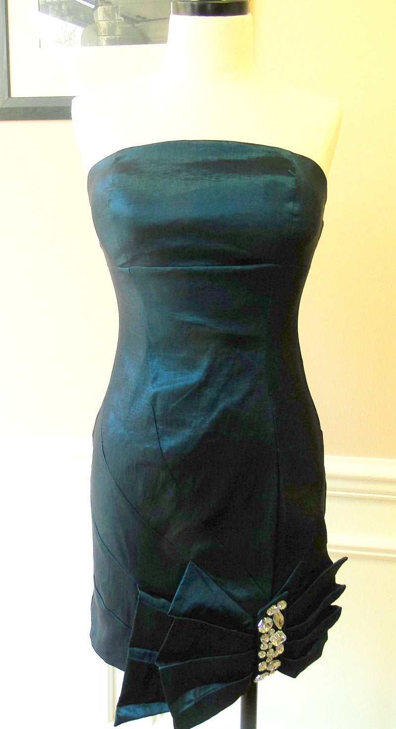 COCKTAIL DRESS WITH CRYSTAL BOW - teal