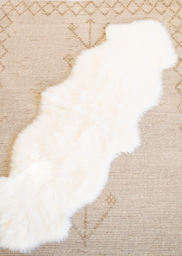 Genuine Sheepskin Rug: Double