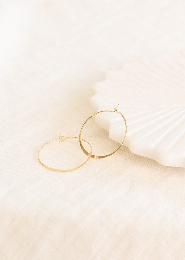Bella & Wren Design Small Geometric Oval Hoop - Gold