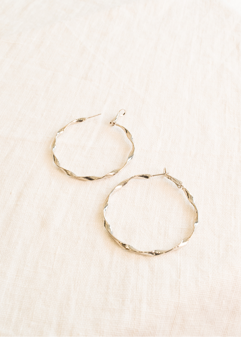Bella & Wren Design Twisted Hoop Earrings