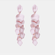 Load image into Gallery viewer, Mell Earrings