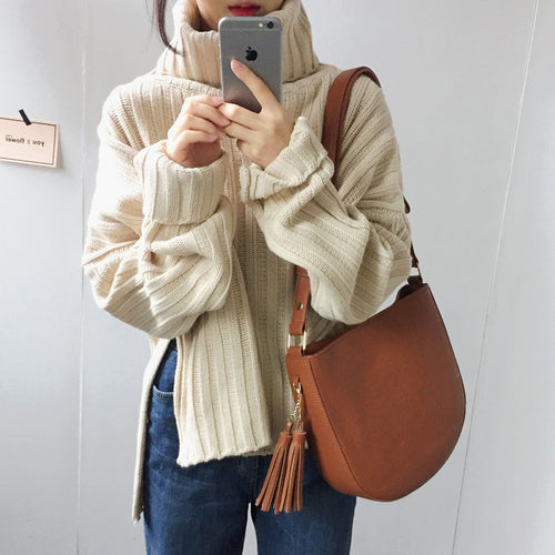 Knitted Cream Turtleneck