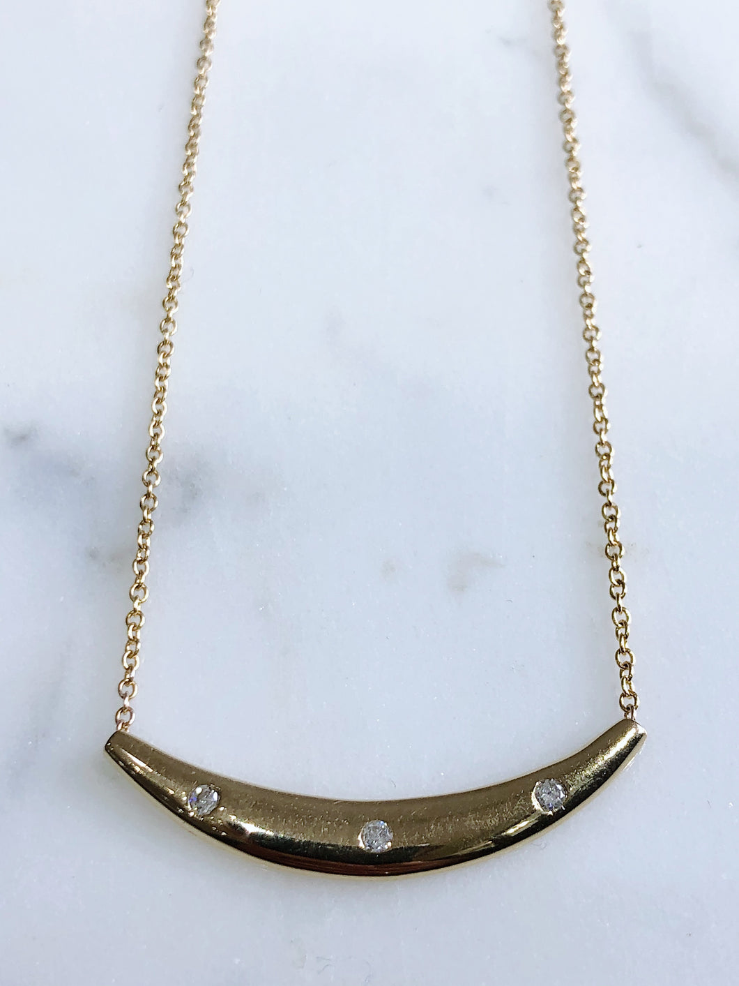 10K Yellow Gold 3-Row Curved Pendant Necklace
