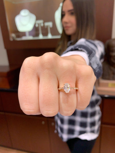 1.20 Carat Oval Diamond Engagement Ring in 18k Rose Gold
