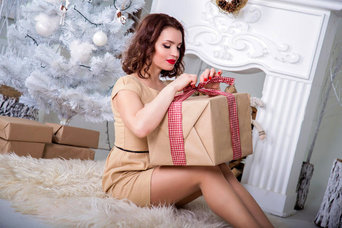 Christmas and Holiday Eco Beauty Tricks to Save Money, The Planet and Space in Your Luggage