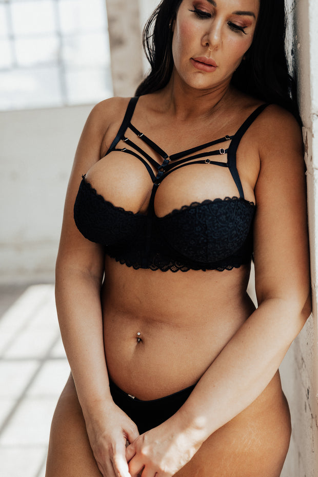 Willa Strappy Detail Lace Bra