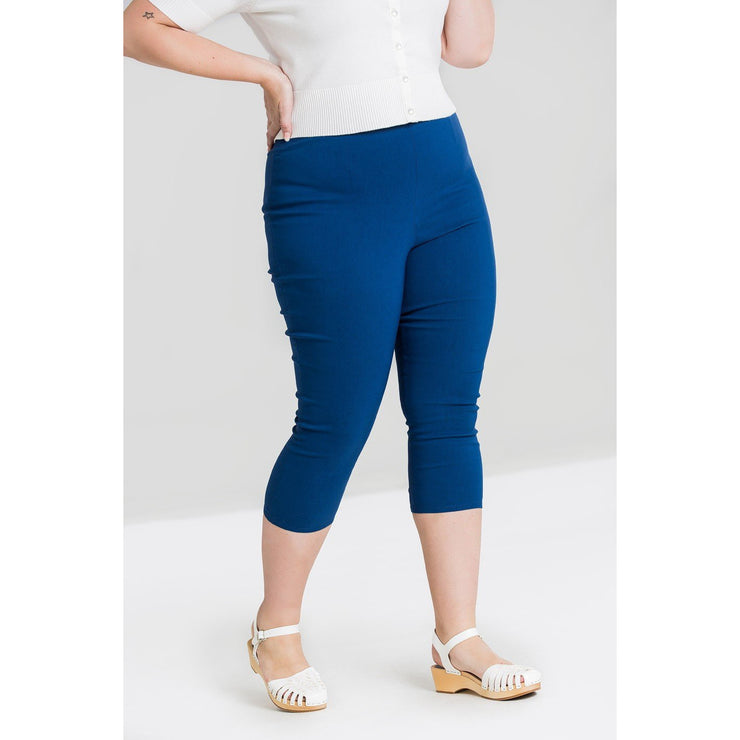 Image of Hell Bunny Tina Capris on plus size model - front