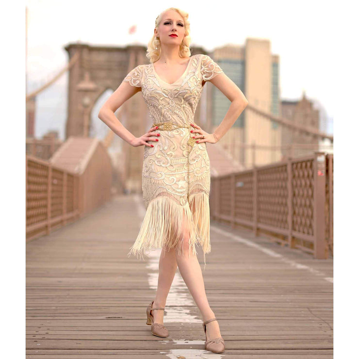 Charlie Stone Shoes Luxe Manhattan Heels - Gold model brooklyn bridge