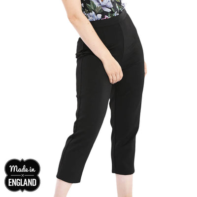 Hell Bunny Amelie 50s Retro Cigarette Trousers - Black model cropped