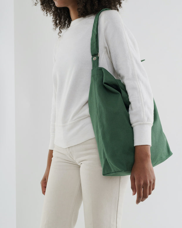 Duck_Bag_02_-_16oz_Canvas_Eucalyptus-02_Simple_Beautiful_Things