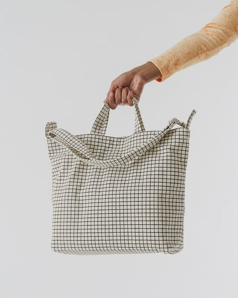 Horizontal_Duck_Bag_16oz_Canvas_Natural_Grid_03_Simple_Beautiful_Things