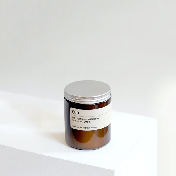 Posie_Candles_OUD-250g-Amber-Candle_Simple_Beautiful_Things