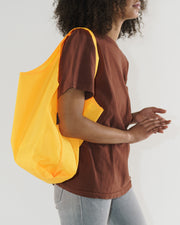 Standard_Baggu_Ripstop_Electric_Saffron_02_Simple_Beautiful_Things