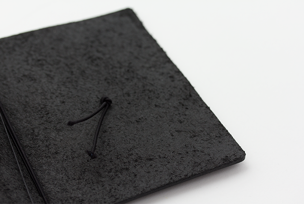 Traveler_s_Notebook_Passport_Black_Inside_Simple_Beautiful_Things