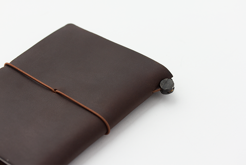 Traveler_s_Notebook_Passport_Brown_Closed_Simple_Beautiful_Things