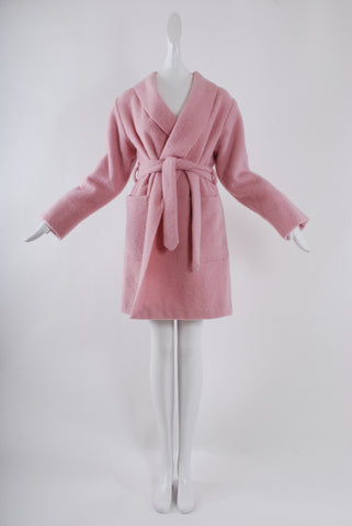 La Premiere Short Coat in Pink