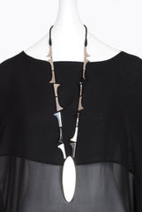 Anu En Inde Oracle Necklace