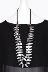 Anu En Inde Double Row Shell Necklace