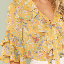 Load image into Gallery viewer, Floral Print Ruffle Blouse