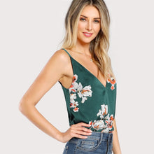 Load image into Gallery viewer, Green Flower Print V Neck Top