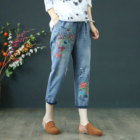 Women Summer Pants Casual Trousers For Ladies Vintage Ripped Holes Elastic Waist Embroidery Denim Calf Length Jeans Plus Size