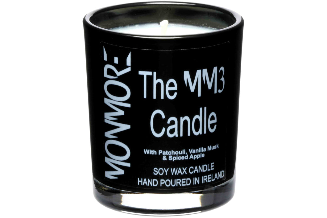 The MM3 Candle with Patchouli, Vanilla Musk & Spiced Apple for men has a wonderfully earthy, woody and rich scent enhanced with a vanilla musk which is further enriched with a spiced apple undertone to deliver a lingering aroma of cinnamon and spices.