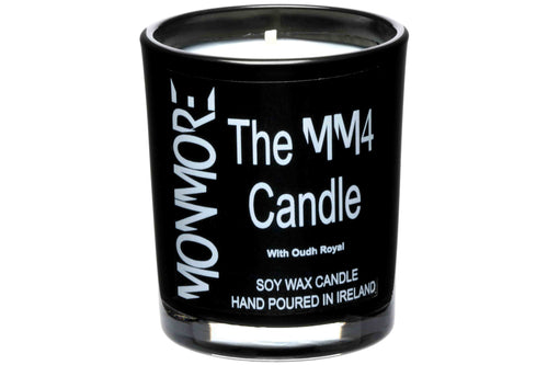 The MM4 Candle with Oudh Royal for men contains a regal blend of lavish Oudh set against a backdrop of succulent coconut flakes, cedar, tonka and amber, whilst tussles of night blooming jasmine bloom under a middle eastern sky.