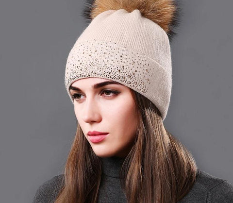 [Sole Crowd] 2017 Fashion rhinestone women knitted hats beanies winter warm cap fluffy natural raccoon Fur pompom hat for Female