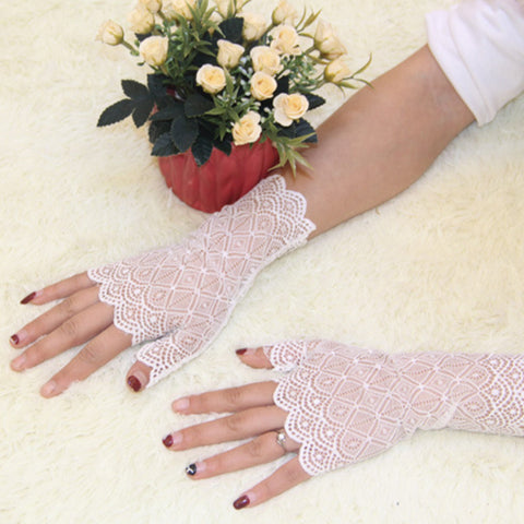 Womens Sunscreen Short Gloves Spring And Summer Fingerless Lace Driving Party Gloves Lace Glove Finger Mittens Accessories