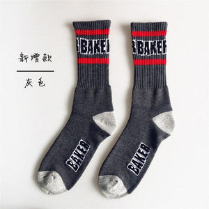 2018 trendy Harajuku style middle finger skateboard socks fashion classic casual men and women in tube socks-modlily