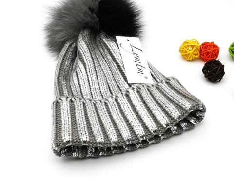 [Lymtm] 2018 Bright Silver Hats Contrast Color Fox Fur PomPoms Beanies Winter Warm Thick Knitted Cotton Women Skullies Caps