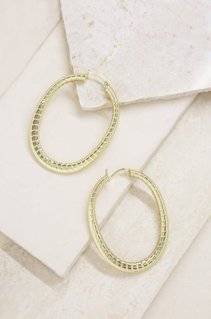 BE CLASSIC HOOPS IN GOLD
