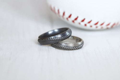 Baseball Stitch Ring 5mm