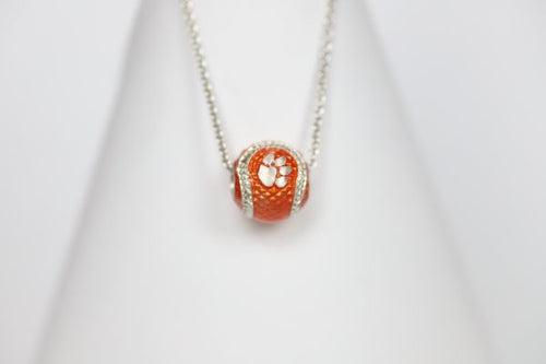 Celebrate the Clemson Tigers National Championship legacy! Choose your football charm and bracelet length!   Features:  Sterling silver Lobster clasp Enamel Double sided charm Officially licensed product clemson basketball clemson baskeball clemson college world series