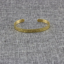Load image into Gallery viewer, Sphinx Gold Bangle