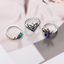 Load image into Gallery viewer, Luxria Blue Crystal Rings